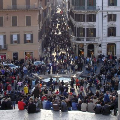 Turistler Dikkat: Roma'da Hırsızlık Yöntemleri